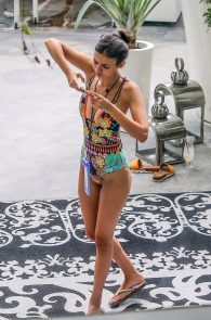 victoria-justice-wearing-a-swimsuit-in-miami-03