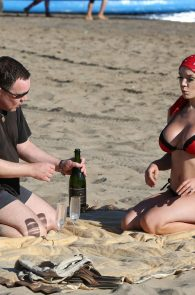 courtney-stodden-bikini-areola-slip-in-venice-06