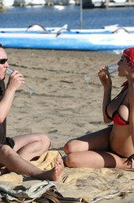 courtney-stodden-bikini-areola-slip-in-venice-09