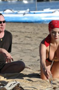 courtney-stodden-bikini-areola-slip-in-venice-13