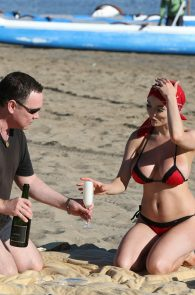 courtney-stodden-bikini-areola-slip-in-venice-14