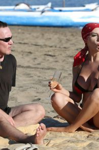 courtney-stodden-bikini-areola-slip-in-venice-37