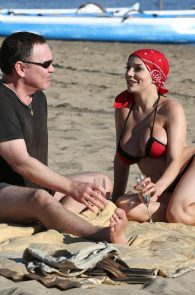 courtney-stodden-bikini-areola-slip-in-venice-48