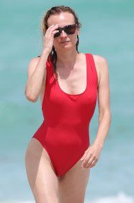 diane-kruger-swimsuit-pokies-cameltoe-in-miami-05