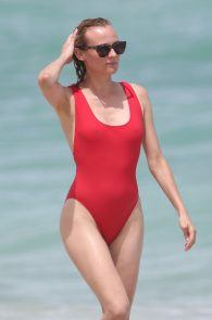 diane-kruger-swimsuit-pokies-cameltoe-in-miami-24