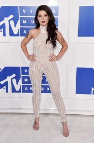 halsey-braless-see-through-at-mtv-video-music-awards-in-ny-06