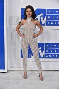 halsey-braless-see-through-at-mtv-video-music-awards-in-ny-11