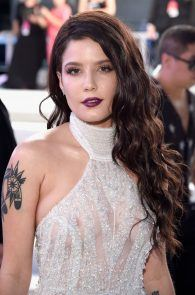 halsey-braless-see-through-at-mtv-video-music-awards-in-ny-14
