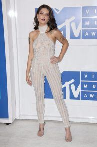 halsey-braless-see-through-at-mtv-video-music-awards-in-ny-16