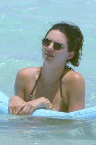 kendall-jenner-wearing-a-bikini-turks-and-caicos-11