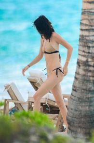 kendall-jenner-wearing-a-bikini-turks-and-caicos-17