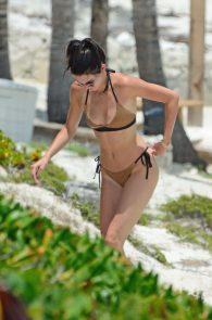 kendall-jenner-wearing-a-bikini-turks-and-caicos-26