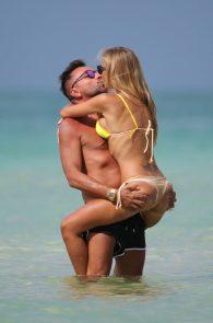 laura-cremaschi-topless-in-miami-12
