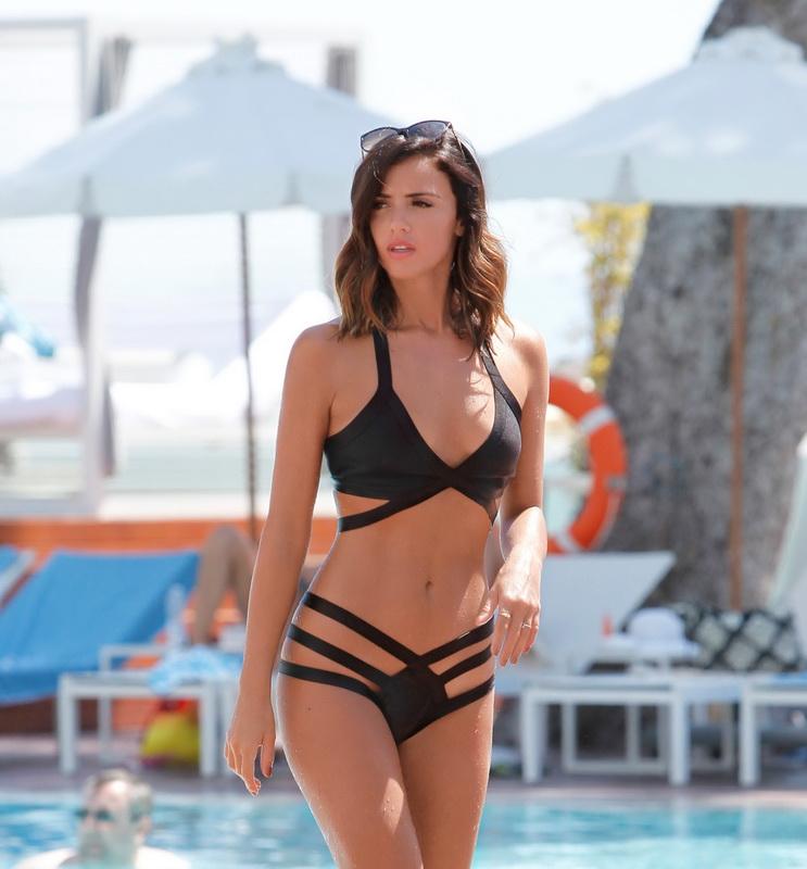 lucy-mecklenburgh-wearing-a-bikini-in-mallorca-10