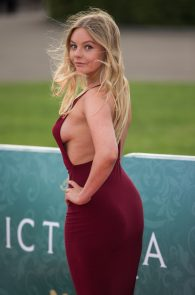 nell-hudson-sideboob-at-victoria-premiere-in-london-09