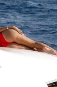 nicole-scherzinger-hot-ass-in-bikini-in-mykonos-07