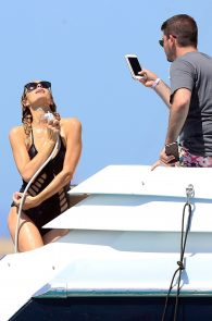 paris-hilton-ass-in-swimsuit-in-ibiza-04
