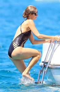 paris-hilton-ass-in-swimsuit-in-ibiza-18