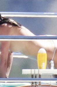 sara-sampaio-topless-sunbathing-on-a-yacht-in-st-tropez-05