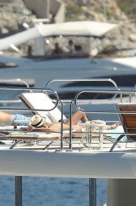 sara-sampaio-topless-sunbathing-on-a-yacht-in-st-tropez-15