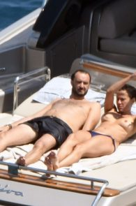 sophie-marceau-topless-on-a-yacht-in-capri-07