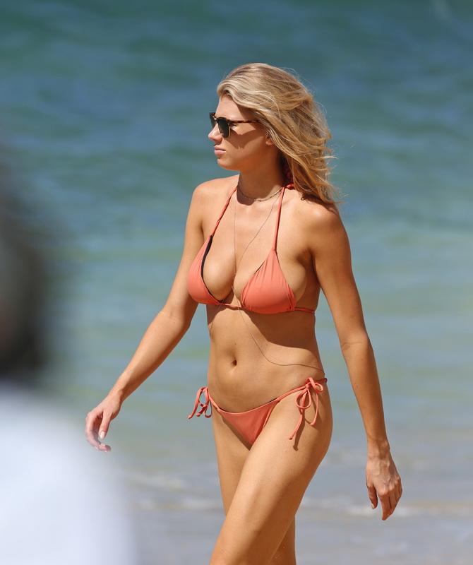 charlotte-mckinney-wearing-a-bikini-in-hawaii-11