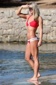 chloe-madeley-red-bikini-cameltoe-in-ibiza-16