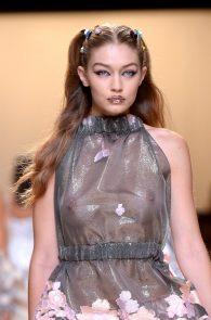 gigi-hadid-see-through-to-boobs-at-fendy-fashion-show-milan-16