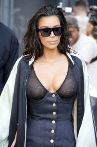 kim-kardashian-see-through-bra-in-new-york-14