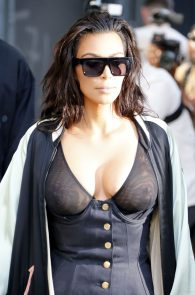 kim-kardashian-see-through-bra-in-new-york-24