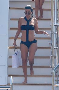 kourtney-kardashian-swimsuit-on-a-yacht-in-france-12