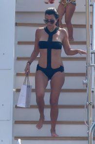 kourtney-kardashian-swimsuit-on-a-yacht-in-france-24