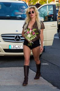 lady-gaga-nipple-slip-in-berlin-06