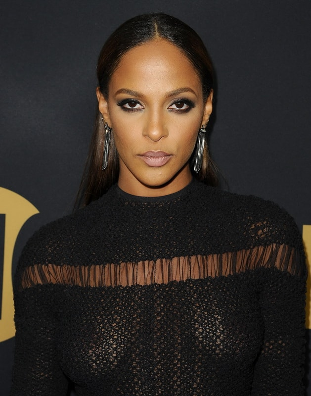 megalyn-echikunwoke-see-through-dress-at-showtime-emmy-eve-party-10-min