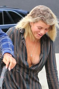 sofia-richie-downblouse-nipple-slip-in-los-angeles-12