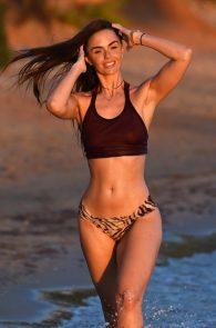 jennifer-metcalfe-see-thru-bikini-top-in-ibiza-03