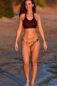 jennifer-metcalfe-see-thru-bikini-top-in-ibiza-14