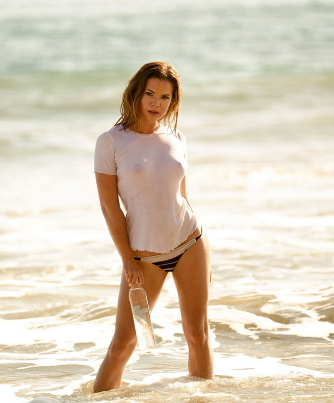 kaili-thorne-see-through-top-bikini-138-water-photoshoot-01