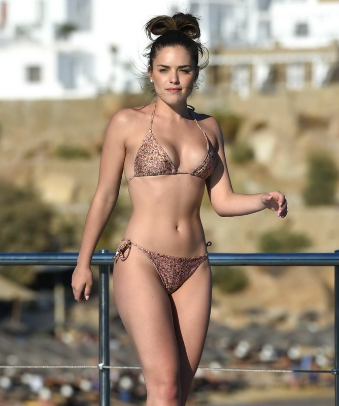 olympia-valance-wearing-a-tiny-bikini-in-mykonos-01