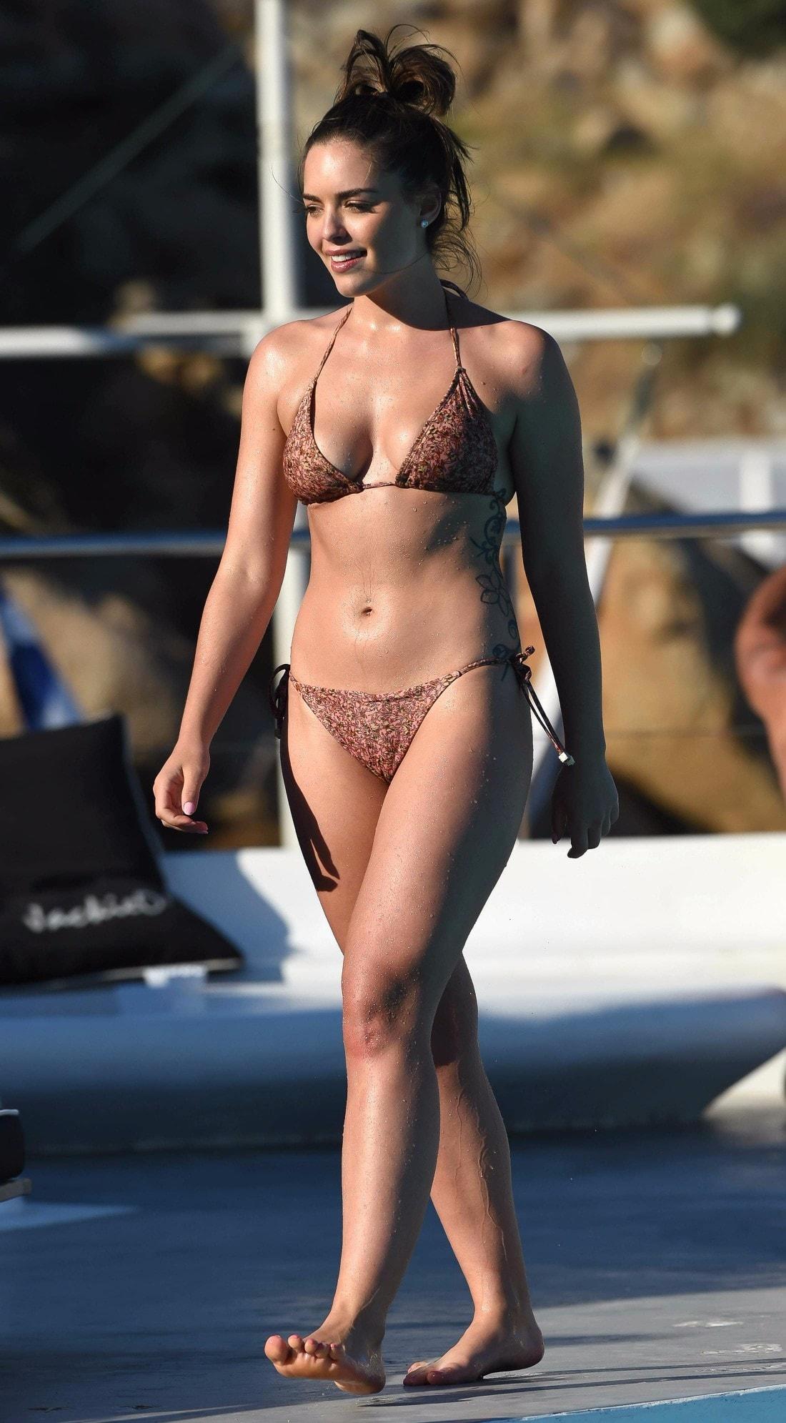 Bikini Stephanie Braxton nudes (47 images) Young, Facebook, in bikini