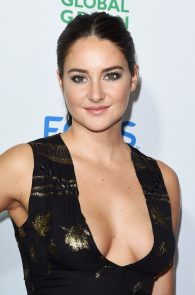 shailene-woodley-deep-cleavage-at-global-green-20th-anniversary-awards-07