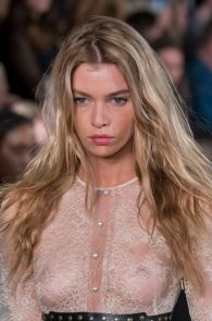 stella-maxwell-see-through-at-the-fashion-show-in-milan-02
