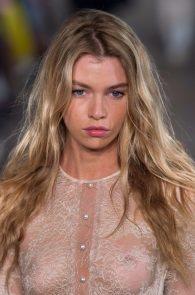 stella-maxwell-see-through-at-the-fashion-show-in-milan-03
