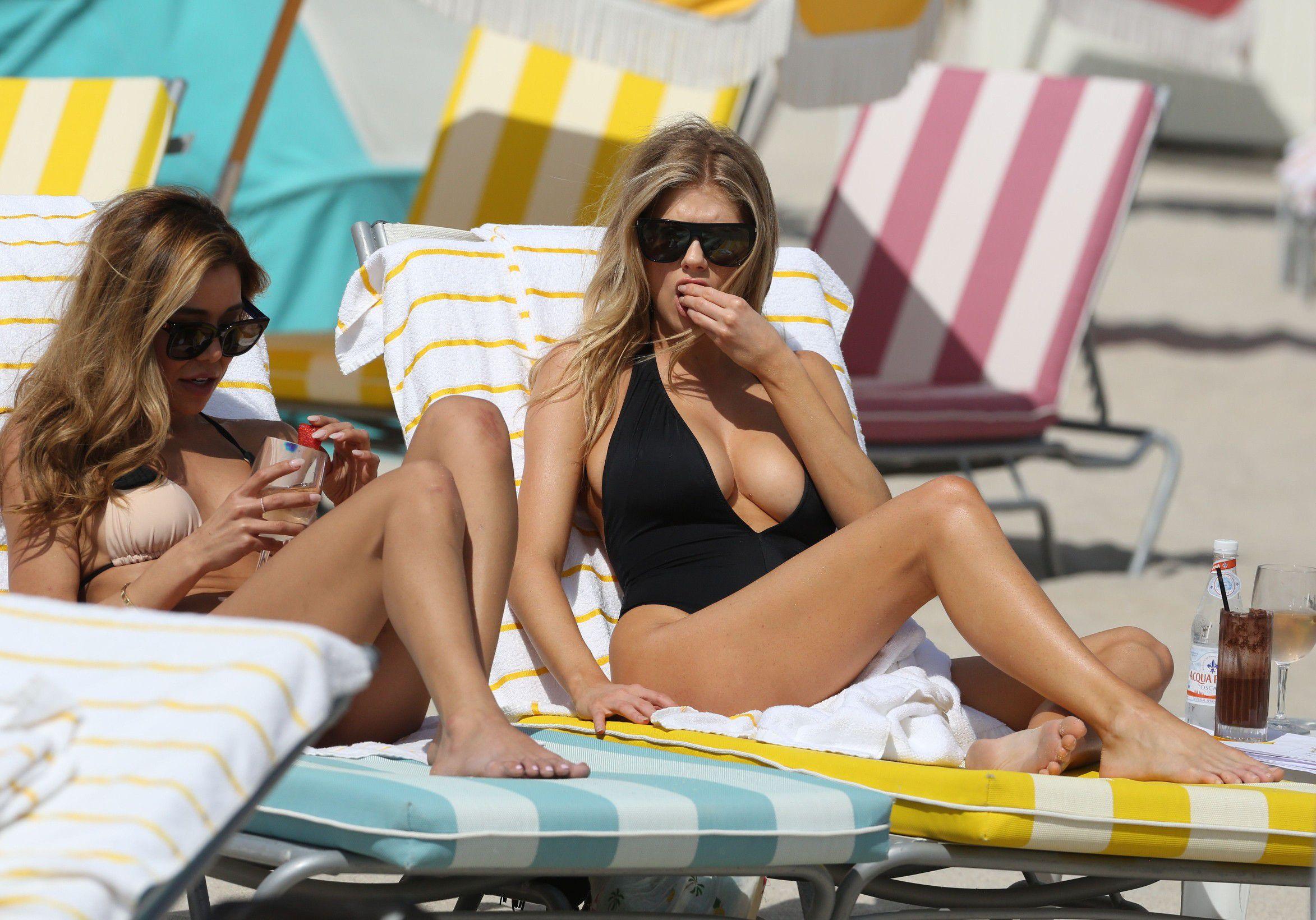 charlotte-mckinney-nipple-slip-at-the-beach-in-miami-12