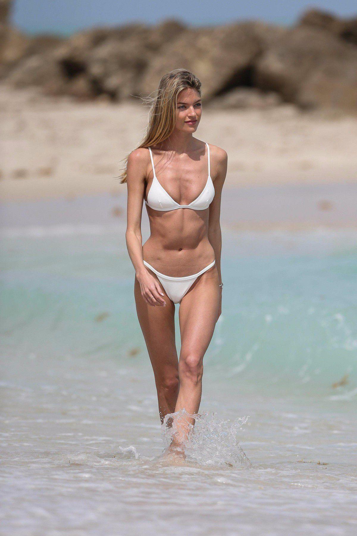 Nude Beach Cougar