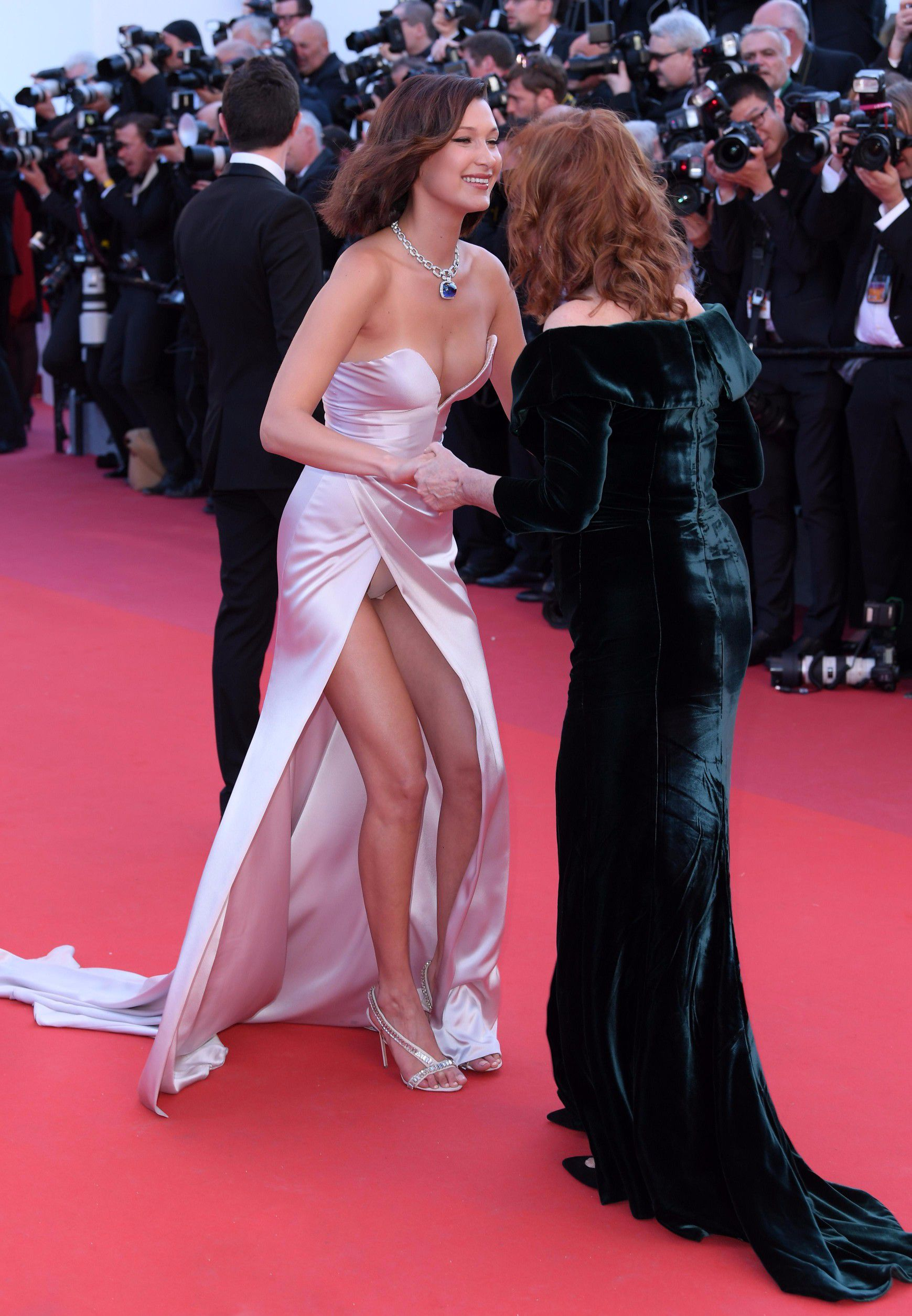 Angelica Bella Film bella-hadid-upskirt-at-the-cannes-film-festival-opening