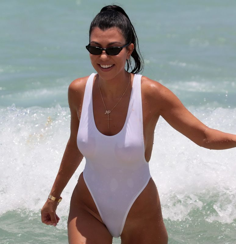 Sorry, Kourtney kardashian nude oops