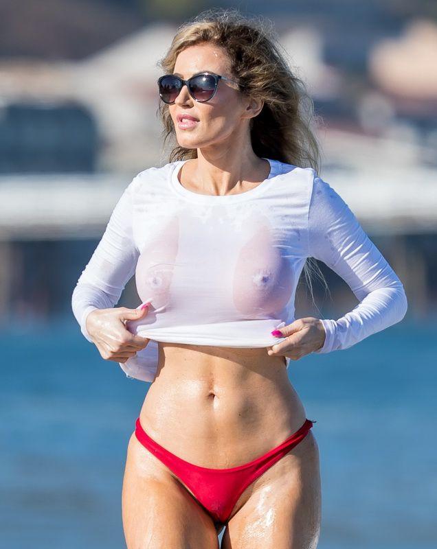 Caroline vreeland in swimsuit