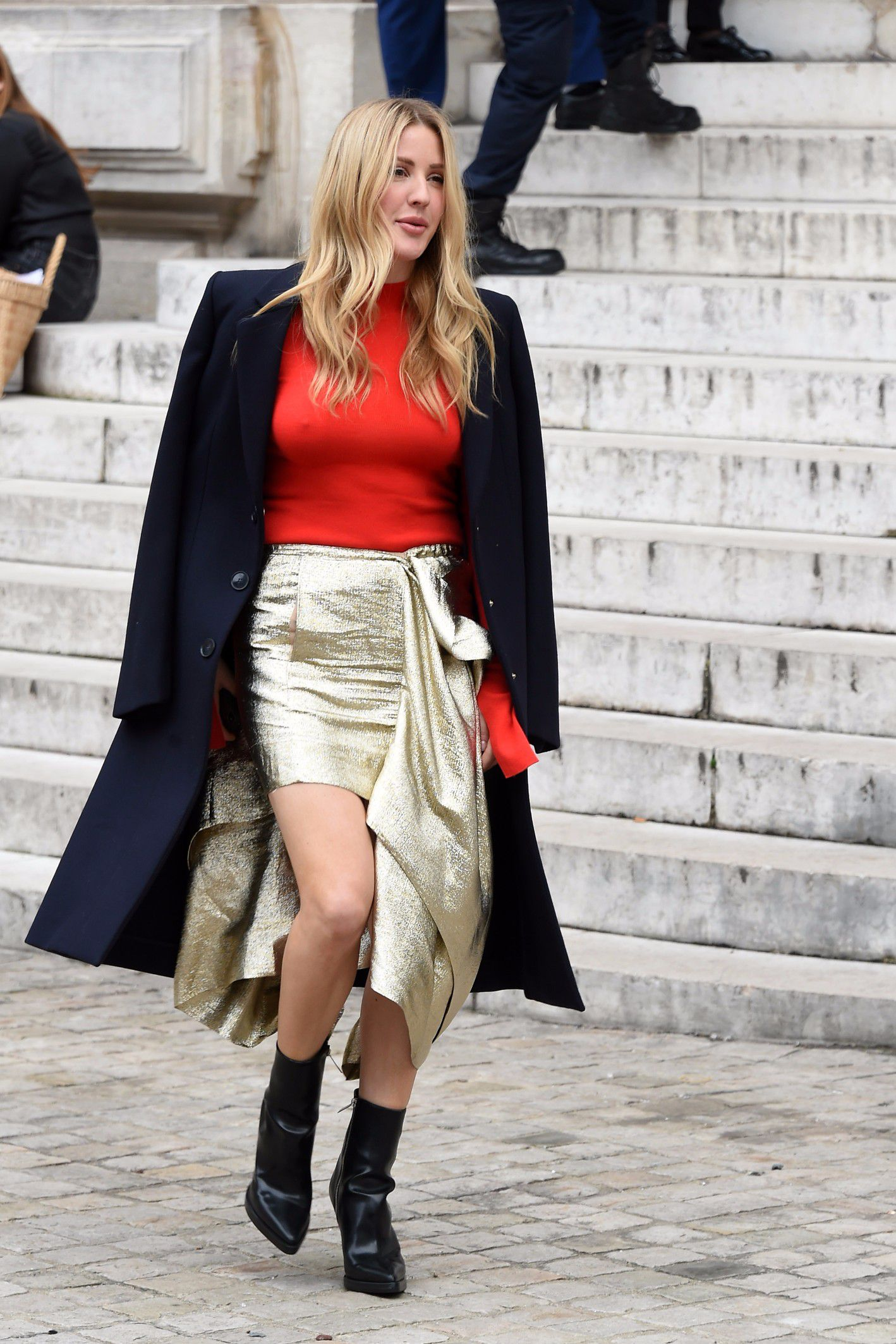 ellie-goulding-braless-in-see-thru-top-at-a-fashion-show-in-paris-2941