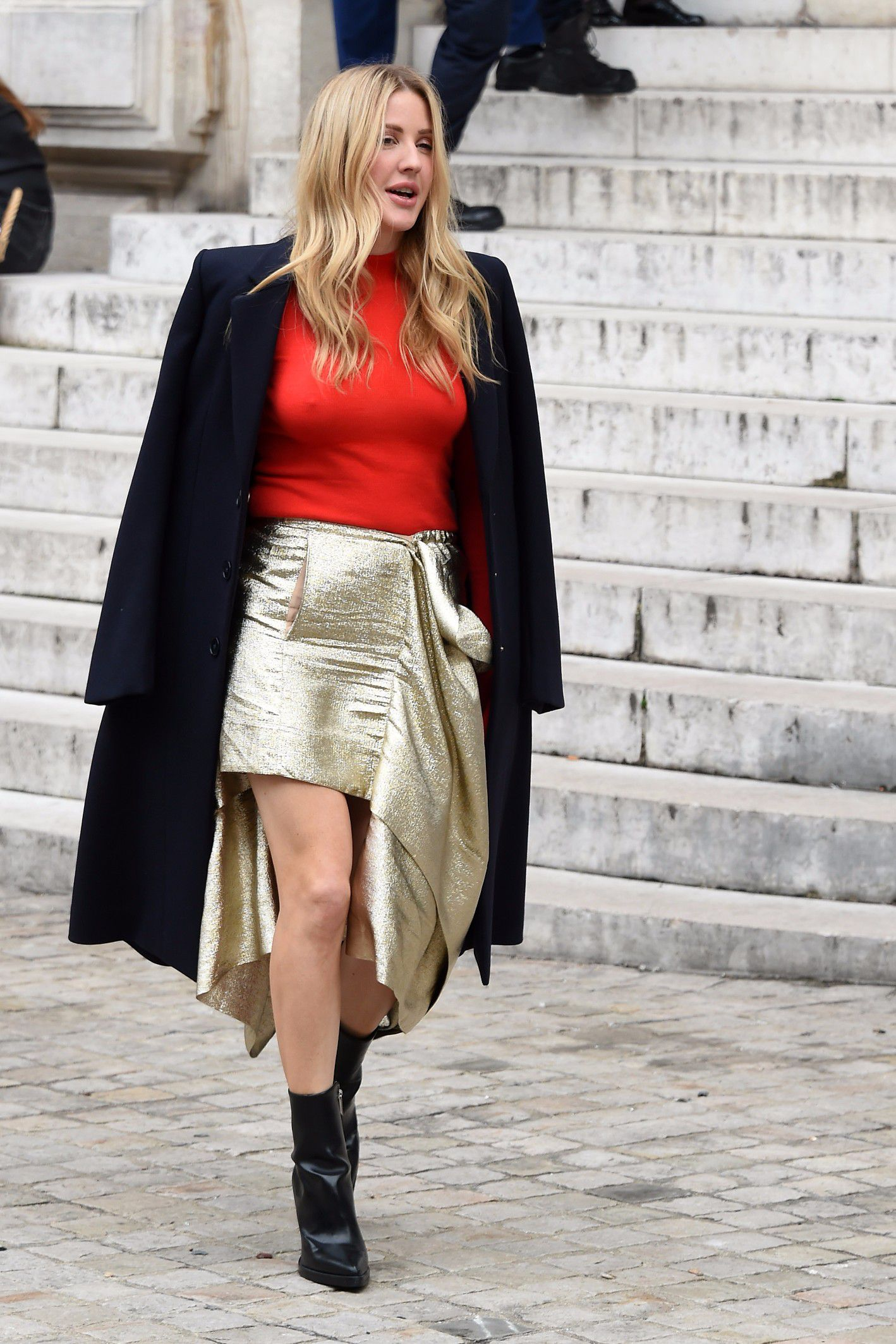 ellie-goulding-braless-in-see-thru-top-at-a-fashion-show-in-paris-6947